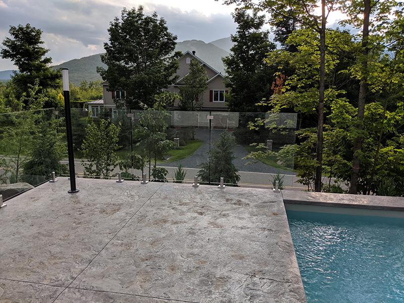 frameless pool glass railing