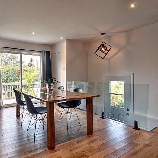 interior frameless glass railing